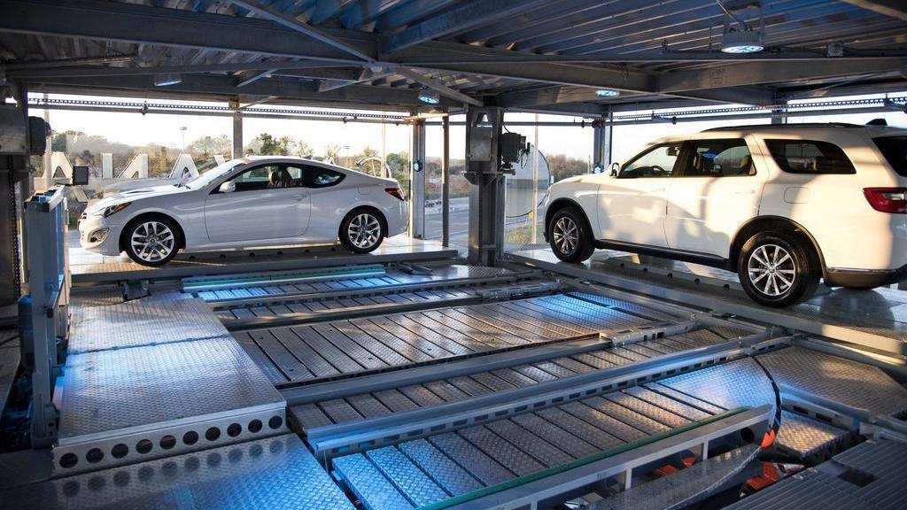 parktower parking level. Clockwise parked cars